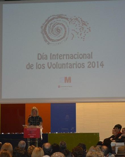 Foto dia internacional del volutnariado MADRID